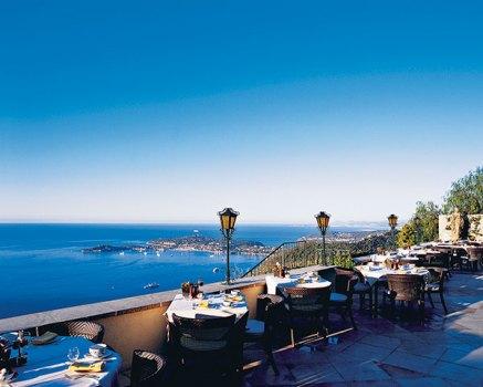 Terrace restaurant, Le Rampart in Château De La Chevre d'Or