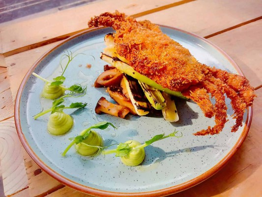Fried Soft Shell Crab Leek Shitake Pea Puree Shoot Lemon Aioli