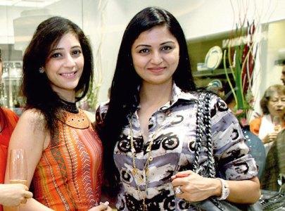 Geetanjali Khemka, Ritu Agarwal