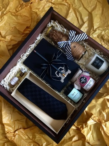 Gentleman's bespoke box