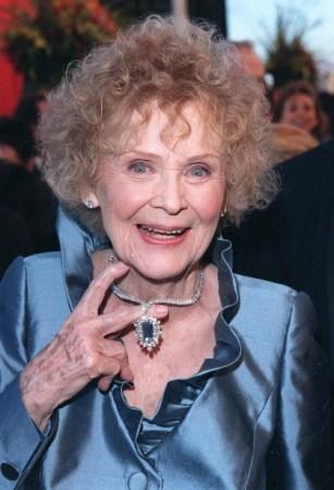 Gloria Stuart, 1998