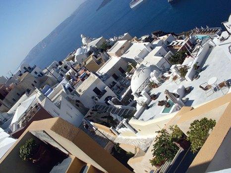 Haute summer spots: Fira, Santorini