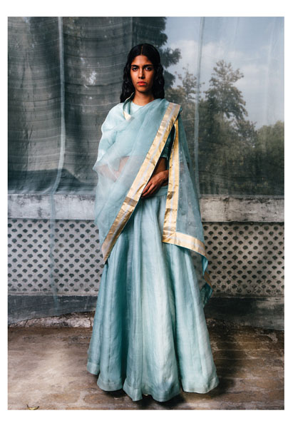 Ogaan Fashion Blogs Latest Indian Fashion Trends For 2017: Exclusive #FirstLook: Sanjay Garg's Collection For Ogaan