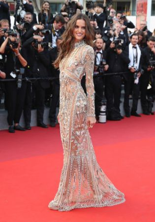 Izabel Goulart in Roberto Cavalli Couture with Chopard Jewels