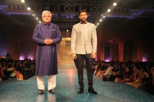 Javed Akhtar, Farhan Akhtar