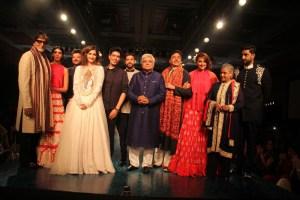 Amitabh Bachchan, Shweta Nanda, Anil Kapoor, Sonam Kapoor, Manish Malhotra, Farhan Akhtar, Javed Akhtar, Shatrughan Sinha, Sonakshi Sinha, Jaya Bachchan, Abhishek Bachchan