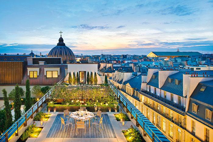 Mandarin Oriental, Paris, Parisian haute couture