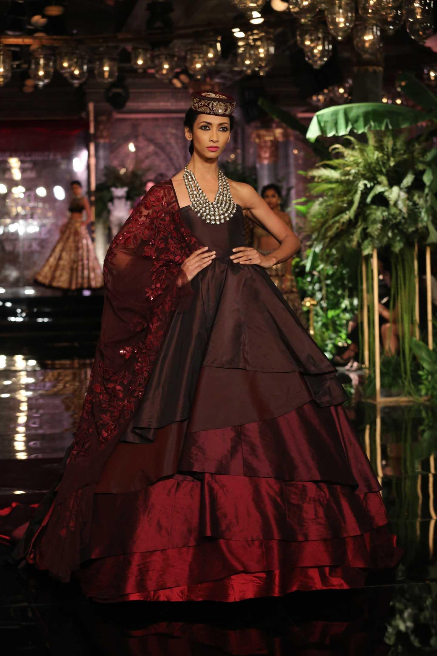 Manish Malhotra\'s Advice For The Glamorous Bride | Verve Magazine ...