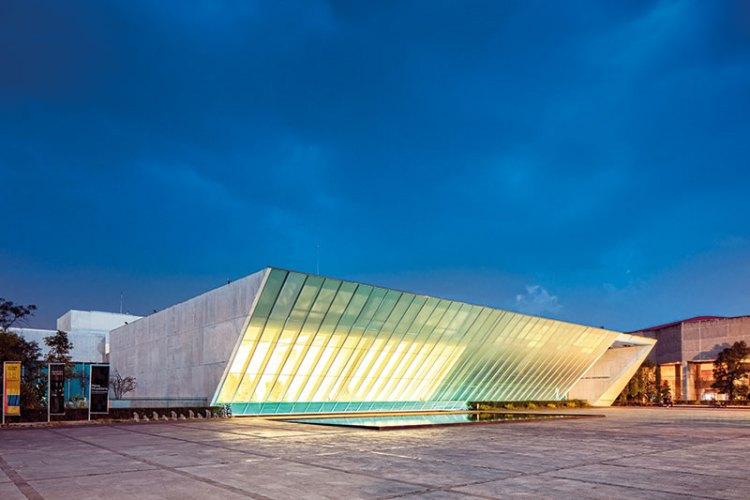 University Museum of Contemporary Art at night