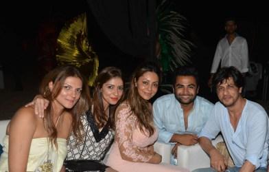 Nandita Mahitani, Bhavana Pandey, Gauri Khan, Sachiin Joshi, Shah Rukh Khan