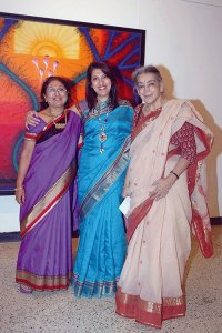 Nayanaa Kanodia, Tarana Khubchandani, Lalita Lajmi