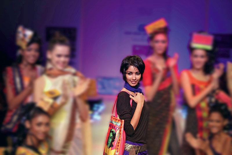 Nida Mahmood, New India Bioscope Co.