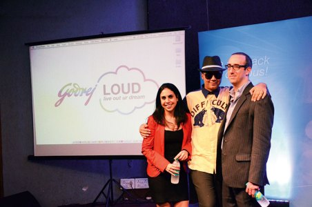 Parmesh Shahani with colleagues Nisa Godrej and Mark Kahn kickstarting Godrej LOUD at the S P Jain Institute, Mumbai