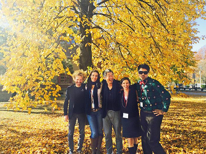 Parmesh Shahani with his Harvard leadership group, Parmesh's Viewfinder