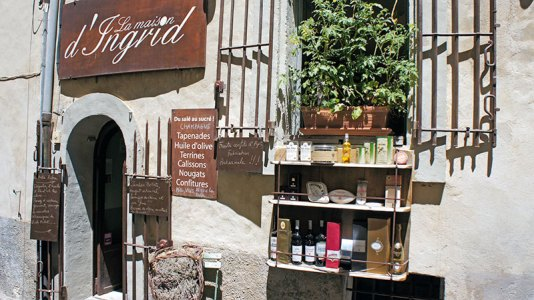 La Maison d'Ingrid: fine foods and wine