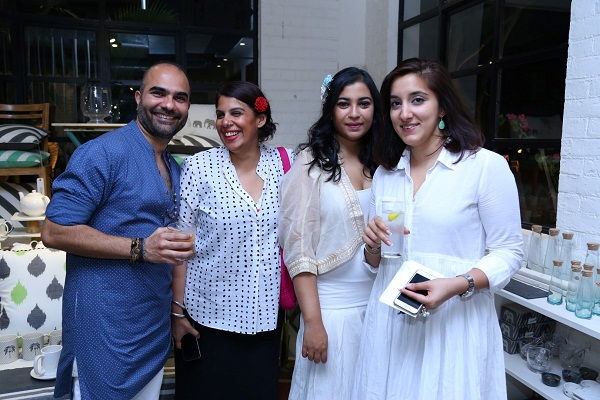 Rajiv Purohit, Divya Kapoor, Arya Nerkar, Priyanain Sawhney