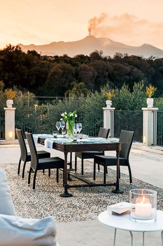A private suite terrace at Donna Carmela