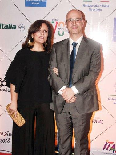 Stefania Costanza, Salvatore Ianniello