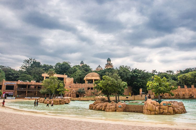 Valley of the Waves, the resort's water sports arena