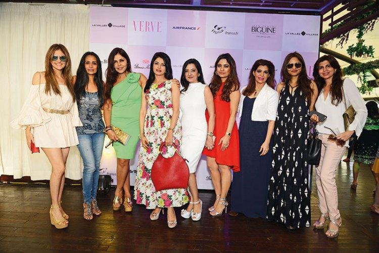 Tanaz Doshi, Suchitra Pillai, Nisha Jamvwal, Bhagyashree, Amy Billimoria, Kunika Singh, Bina Aziz, Madhoo Shah, Paulomi Sanghavi