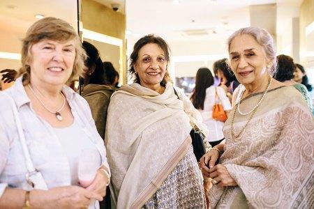 Isabel Sahni, Titli Sahni, Asha Oberoi
