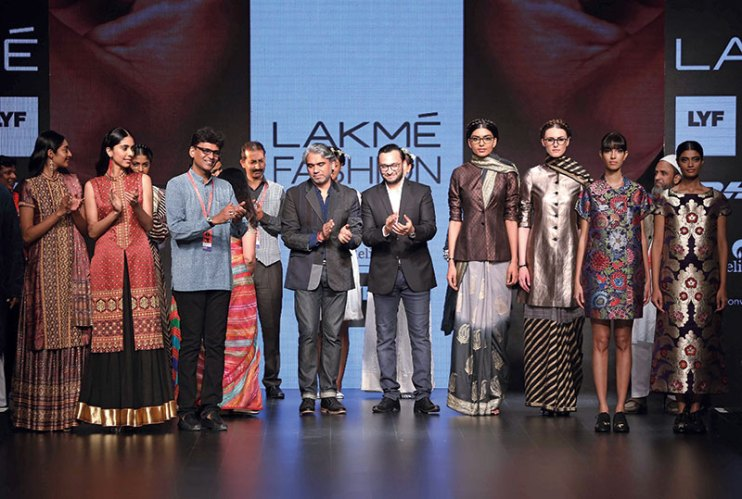 Rajesh Pratap Singh, Asif Shaikh and Hemang Agrawval with models at Lakmé Fashion Week Summer/Resort '16