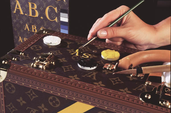 Louis Vuitton Personalised Trunk Hand painting