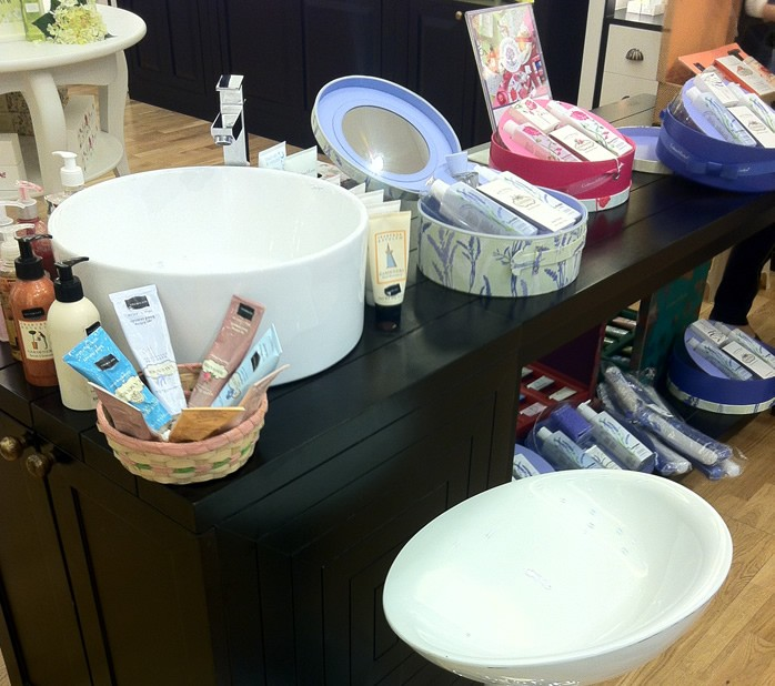 In store beauty experiences: CRABTREE