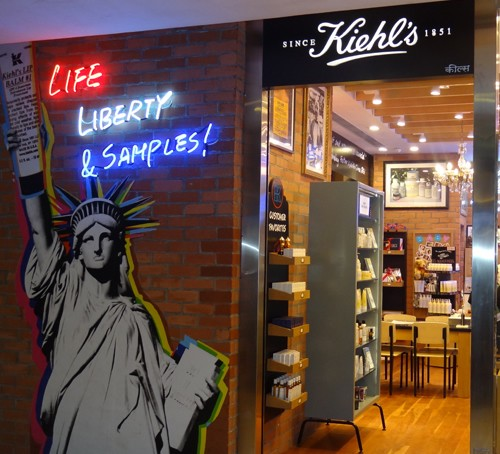 In store beauty experiences: KIEHLS