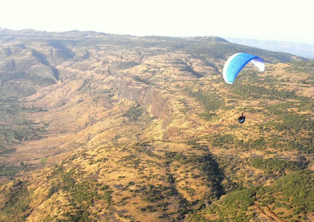 Paragliding: Shelar Site