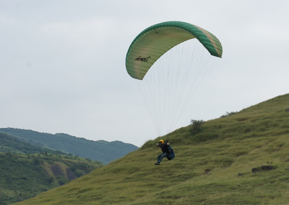 Paragliding: Training Site, Kamshet