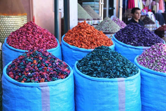 marrakesh: Fragrant dried flowers in the souk
