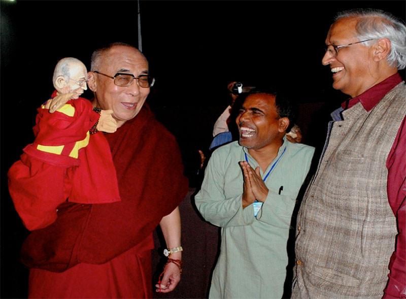 The Dalai Lama at the Barefoot College