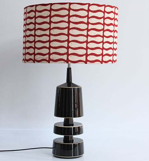 Varnam's-'Matsya'-block-print-table-lamp