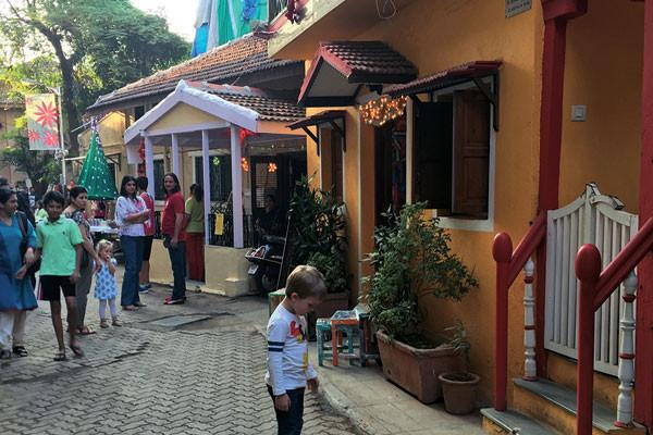 At the Khotachiwadi Christmas festival, Parmesh's Viewfinder