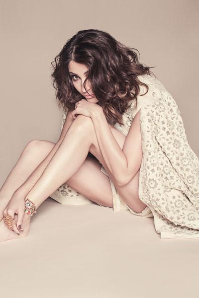 Anushka Sharma, Bollywood Actress, PK, NH10, Bombay Velvet