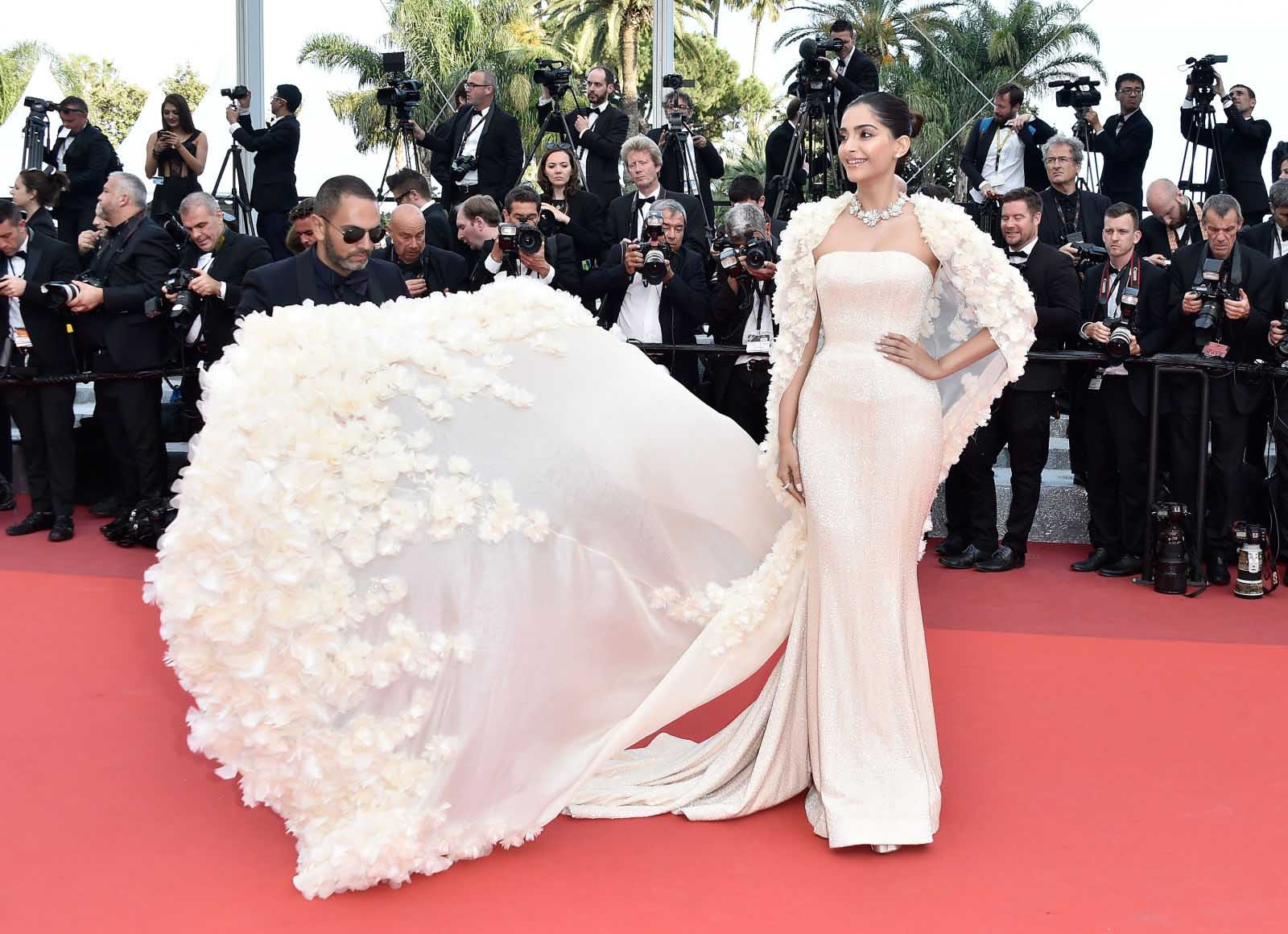 Sonam Kapoor, Ralph and Russo, Bulgari, Day 6, Cannes Film Festival 2016