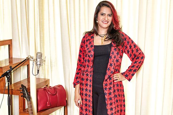 Sona Mohapatra, Vocalist