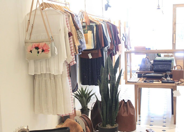 Store (1)
