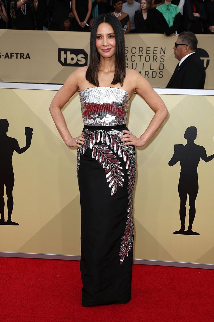 Olivia Munn, Oscar de la Renta, 2018, 24th Annual Screen Actors Guild Awards, Fashion, Featured, Online Exclusive, Red Carpet, SAG Awards, Screen Actors Guild Awards, Style