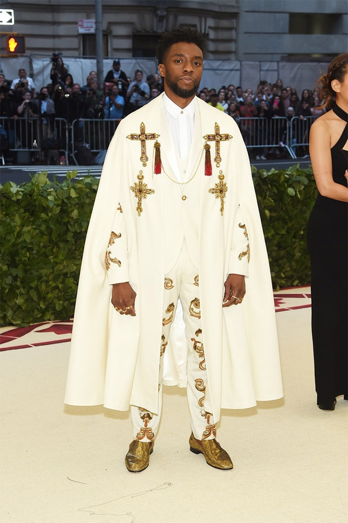 Catholic, Catholicism, Designers, Fashion, Fashion's Biggest Night Out, Heavenly Bodies: Fashion and the Catholic Imagination, Hollywood, Mat Gala, Met Ball, Met Ball 2018, Met Gala 2018, Metropolitan Museum of Art's Costume Institute Gala, Metropolitan Museum of Art's Costume Institute Gala 2018, Papal, Religion, Style, The Vatican, Vestments, Chadwick Boseman, Atelier Versace