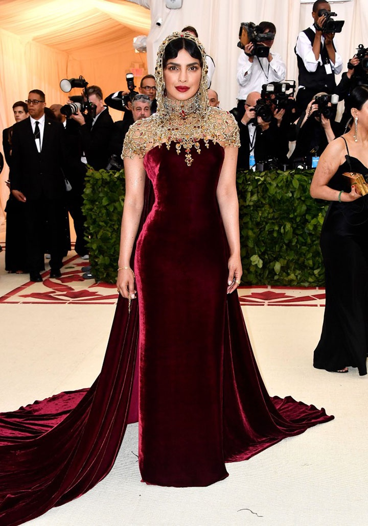 Catholic, Catholicism, Designers, Fashion, Fashion's Biggest Night Out, Heavenly Bodies: Fashion and the Catholic Imagination, Hollywood, Mat Gala, Met Ball, Met Ball 2018, Met Gala 2018, Metropolitan Museum of Art's Costume Institute Gala, Metropolitan Museum of Art's Costume Institute Gala 2018, Papal, Religion, Style, The Vatican, Vestments, Priyanka Chopra, Ralph Lauren Collection