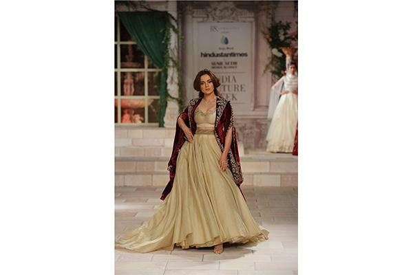 Anju Modi, Bridal, Couture, Fashion, Featured, India Couture Week, India Couture Week 2018, Online Exclusive, Style, Kangana Ranaut