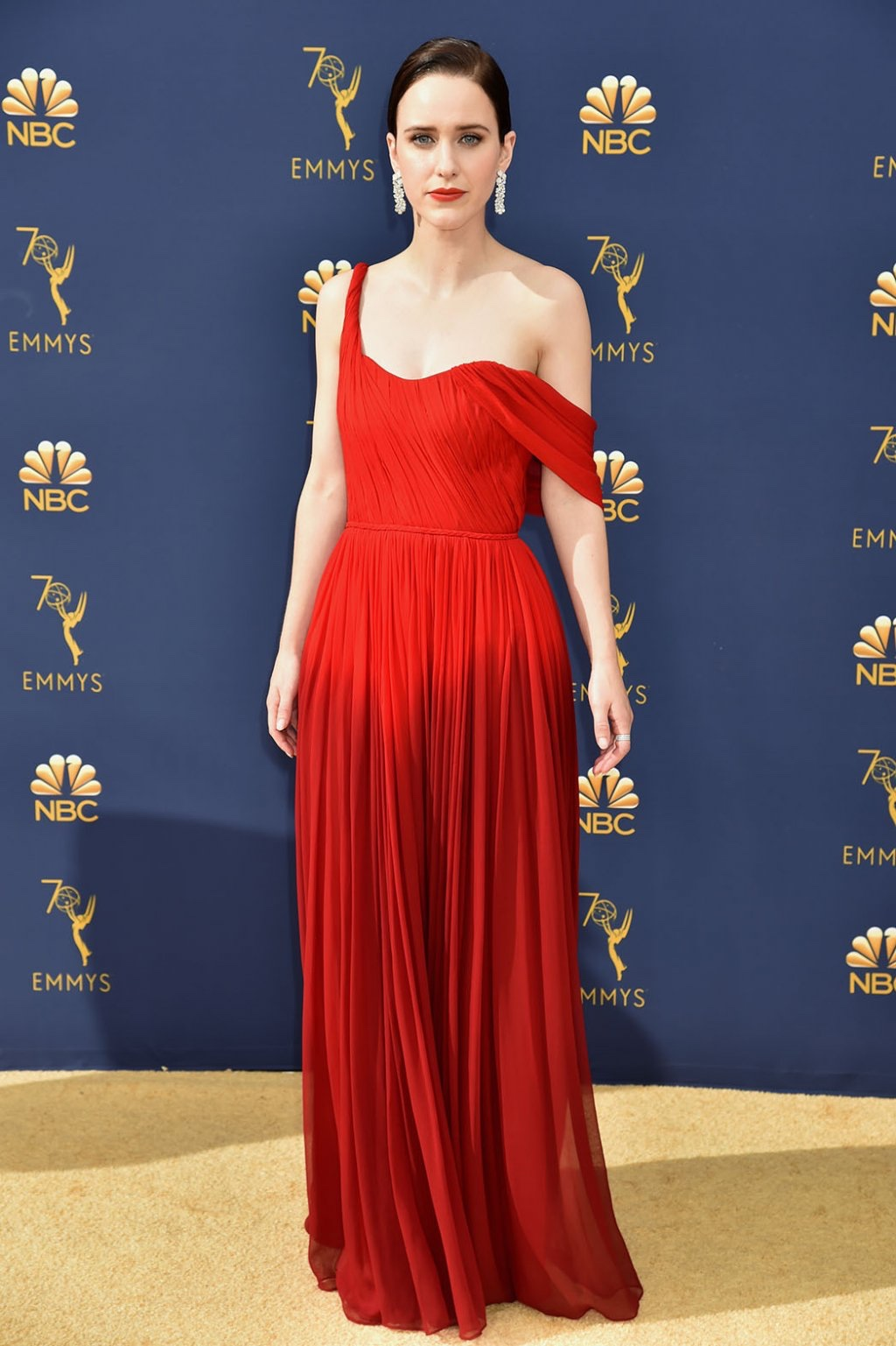 Rachel Brosnahan in Oscar de la Renta, 70th Annual Primetime Emmy Awards, Betty White, Emmys 2018, Fashion, Featured, Glenn Weiss, Hannah Gadsby, highlights, Jav Svendsen, Online Exclusive, Style, The Marvellous Mrs. Maisel, top moments, We solved it, Diversity