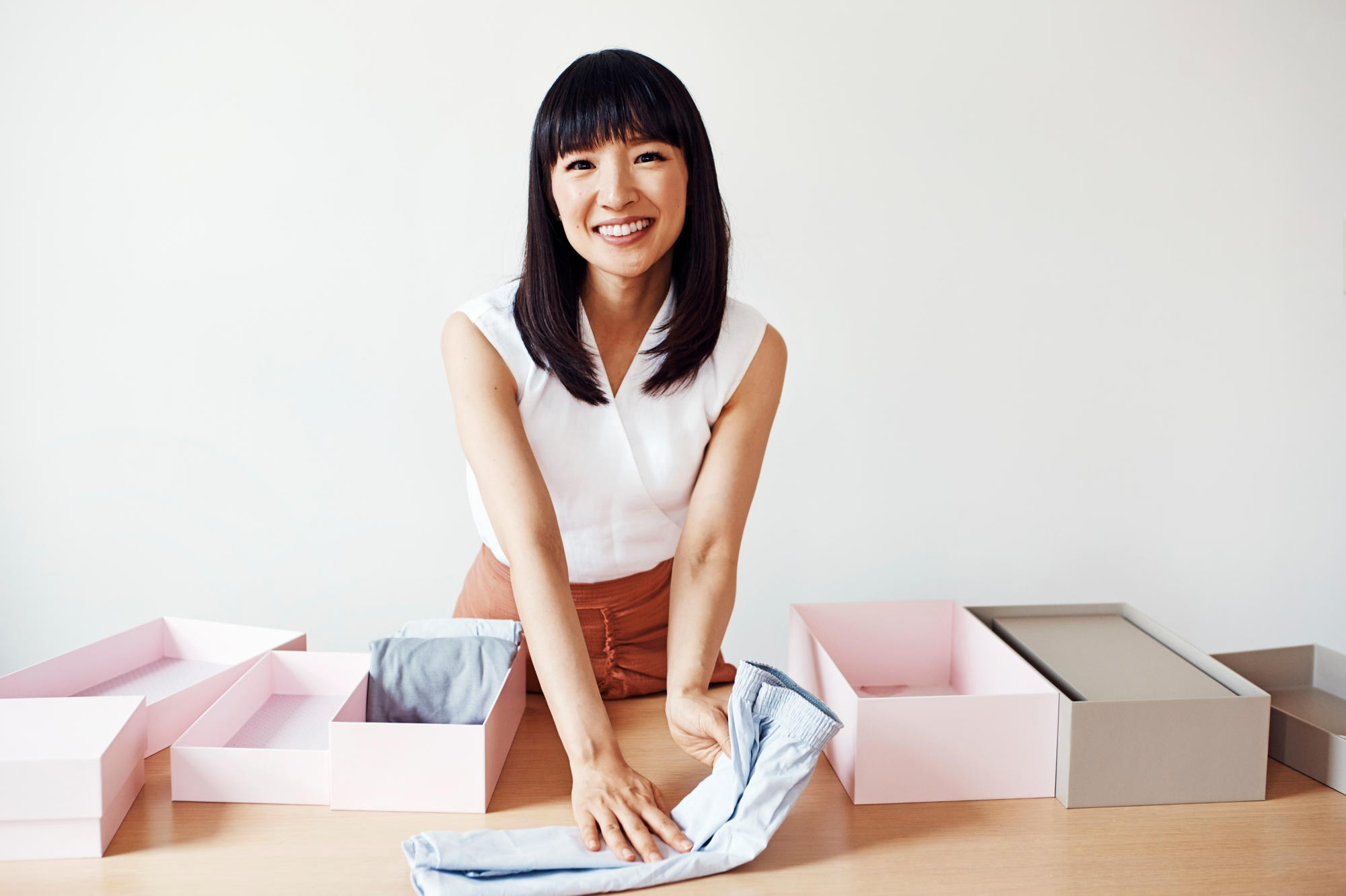 Cleaning Up, Featured, Konmari, Life Lessons, Marie Kondo, Online Exclusive, Organising, Spark Joy, The Life-Changing Magic of Tidying Up: The Japanese Art of Decluttering and Organizing, Tidying Up, Tidying Up With Marie Kondo