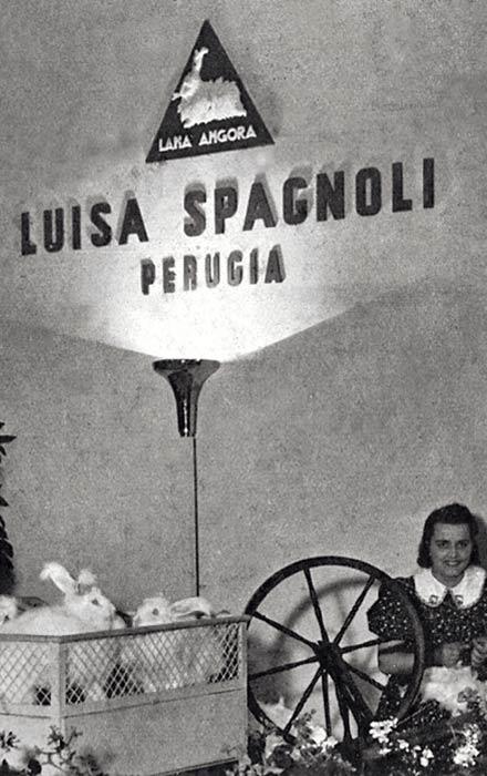 Buon Compleanno Luisa Spagnoli  il brand umbro compie 90 anni! 38fc10d0180