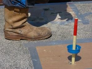 PAGEL mortel loopt zonder druk ruim 2 meter weg.