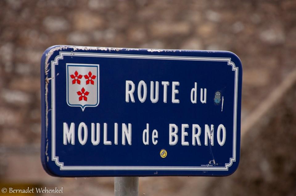 Route du Moulin de Berno.