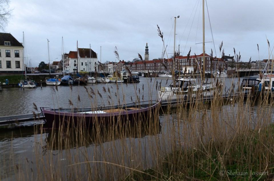 Aan het water in Middelburg.
