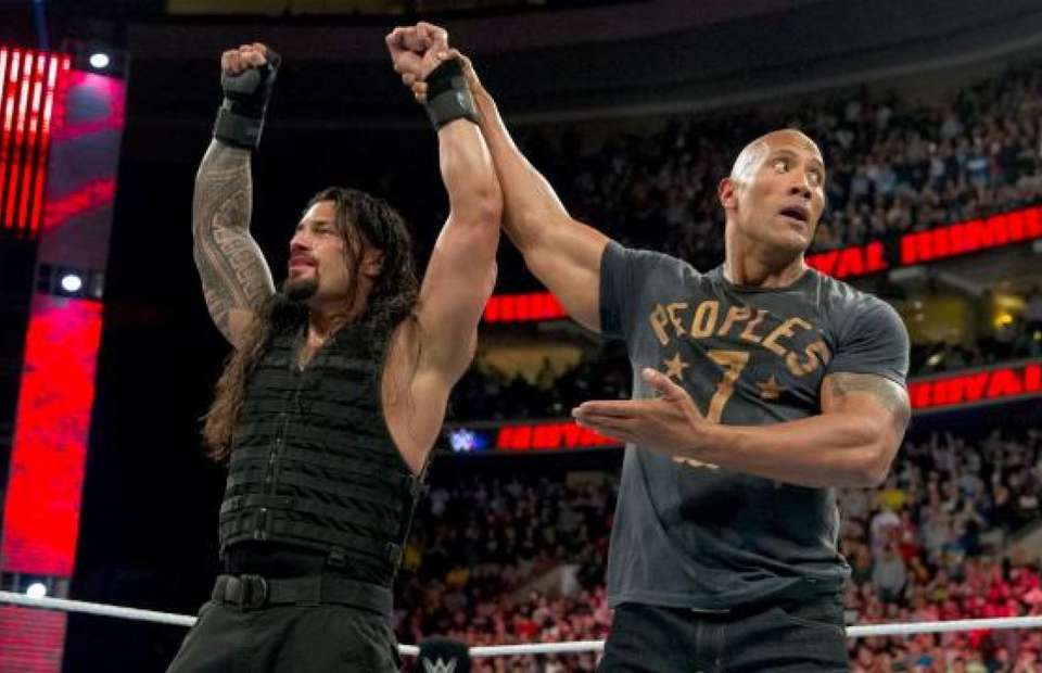 Roman Reigns y The Rock